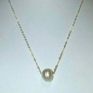 14k Freshwater Pearl Dainty Choker Necklace